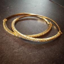 18KY/colored diamond bangles