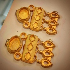 jewelry - earrings - gold - rough casting 1