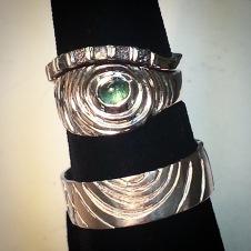 tourmaline/platinum ring w raw diamond cubes